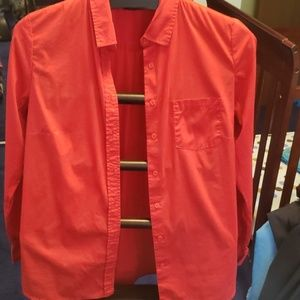 Red Apt. 9 Button-down Shirt, sz. M